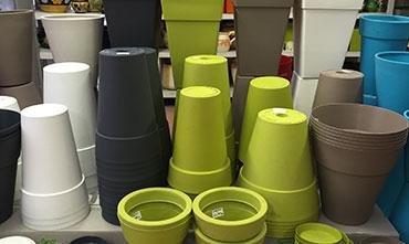 Produttori Vasi In Plastica.Vasi E Sottovasi In Terracotta Plastica Ceramica Fioreria